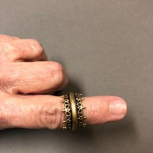 Jewelry - Spinner ring.